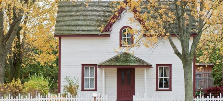 Selling a house during the fall.